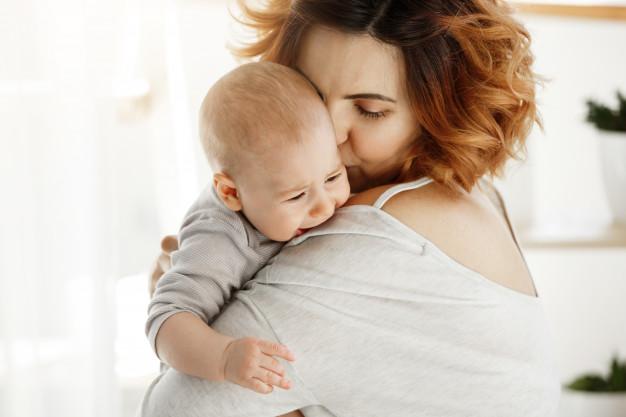 4 Faktor Penyebab Bayi Kembung Selama Menyusui