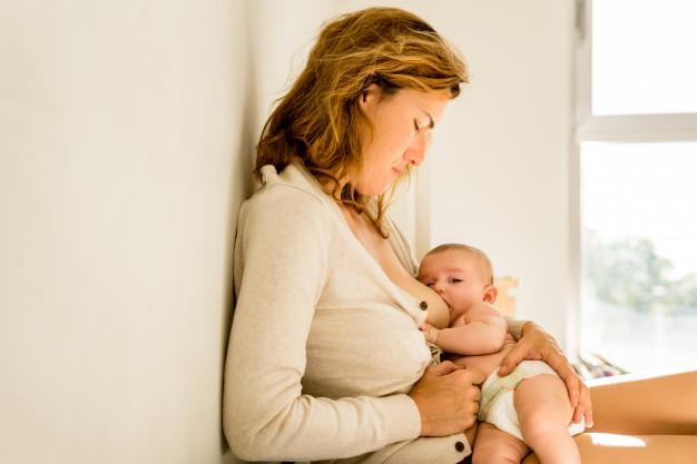 Cara mengatasi payudara bengkak pada ibu menyusui