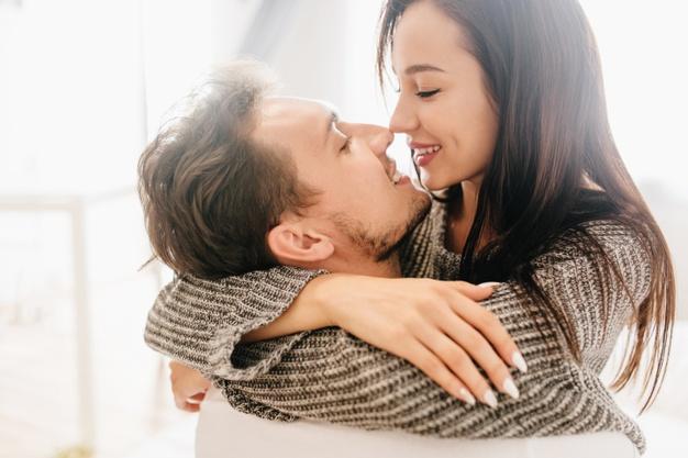 Ketahui 7 Ciri-Ciri Suami Setia Demi Keluarga Harmonis