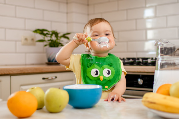 MPASI: Ini 5 Tanda Bayi Siap Diberi MPASI