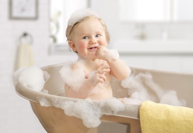 mengatasi cradle crap bayi